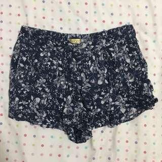 PRINCESS VERA WANG Floral Skort/Shorts