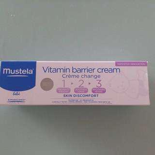 Mustela vitamin 123 換片膏