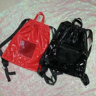 網狀漆皮安全釦造型後背包
