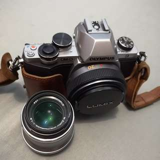 Olympus OMD E-M10 with 20 mm/f1.7 and 45 mm/f1.8 lens