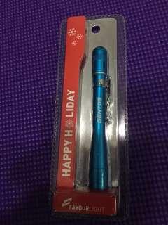 筆芯電筒連電池