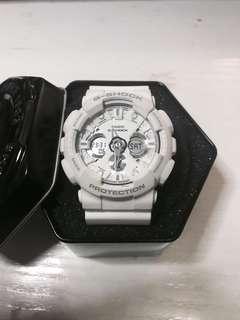 Casio Gshock 白色電子手錶 二手