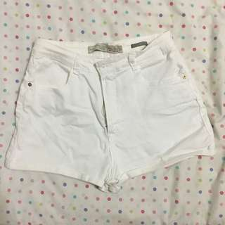 ZARA: TRAFALUC White Denim Highwaisted Shorts