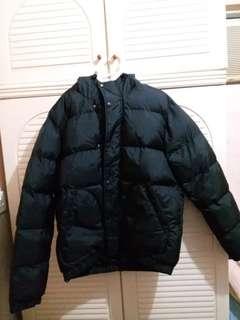 全新 男裝黑色夾棉有帽拉鍊外套 中碼 衫長27寸,胸闊23寸