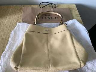 日本名古屋(有單)米黃色2018新款側背袋📢📢📢減價