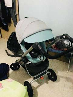 Excellent condition,come with baby carrier and box.cod area Johor Bahru