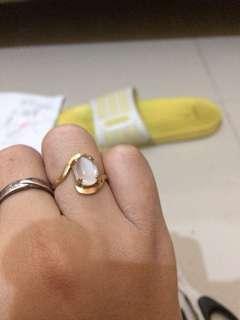 Emas semir cincin