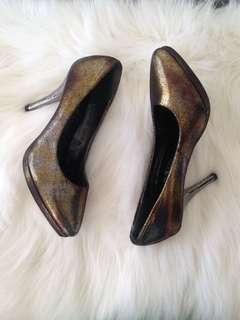Gold/Silver heels