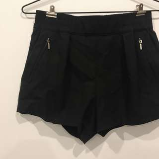 Zara Zipper Shorts XS