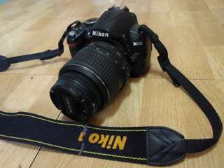 NIKON D3000 : A GREAT DLSR FOR BEGINNERS (COMES WITH ACCESSORIES!!)
