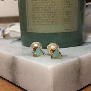 三角型珍珠托耳環