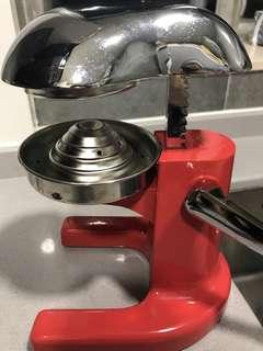 手動榨汁機 (Manual juicer)