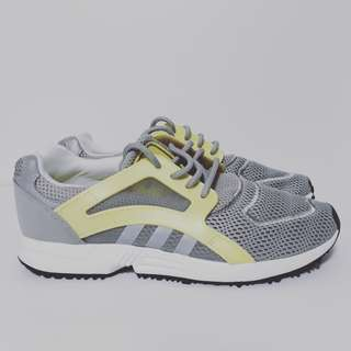 Original ADIDAS Grey and Yellow Sneakers