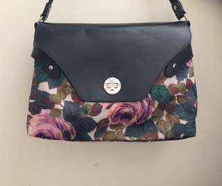 Preloved Authentic Cath Kidston Crossbody Bag