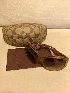 Coach 淺啡太陽眼鏡 Sunglasses