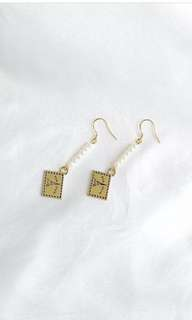 Envelope earing (New)