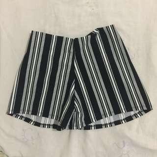 Black n White Hot Shorts