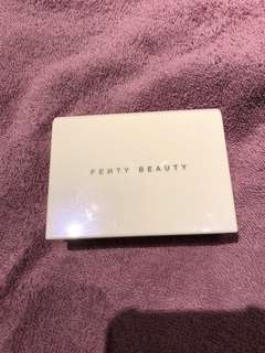 🚚 Fenty beauty universal colour