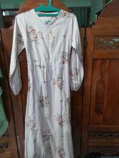 Modest Floral Long Dress #KanopiXCarousell