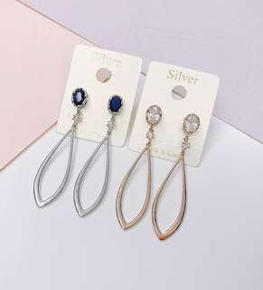 🚚 寶石單鑽水滴銀針耳環(銀*1、玫瑰金*1)