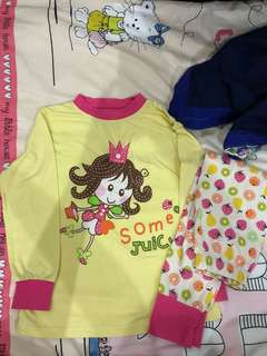 Girls Pyjamas set 120cm 5-6yrs