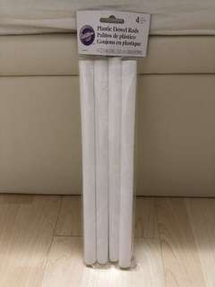 Wilton Plastic Dowel Rods for Cake Decorating