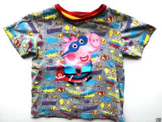 PRELOVED Peppa Pig Cute Super George Boy's T-shirt With Cape - in excellent condition