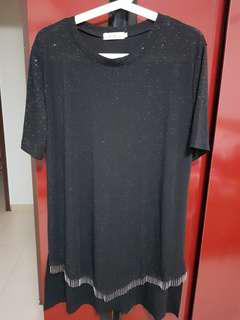 🚚 Black TopPlease make payment within 24H once payment details given.  No Exchange glitter tee dress, size 5XL