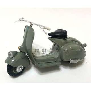 <預購--8月到貨> 偉士牌 1/18 1946 VESPA 98復古摩托車 仿真合金踏板摩托車模型 實物拍攝