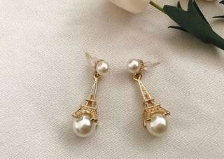 Eiffel pearl earrings