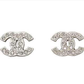 chanel earrings classic mini