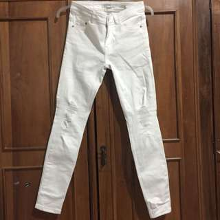 zara white ripped jeans