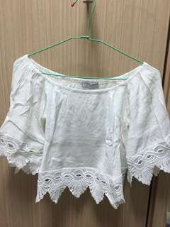 🚚 Air space白色平口蕾絲上衣