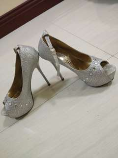 high heels 6 inches