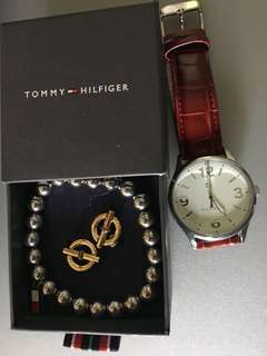 Tommy Hilfiger wrist watch set with earrings and bracelet