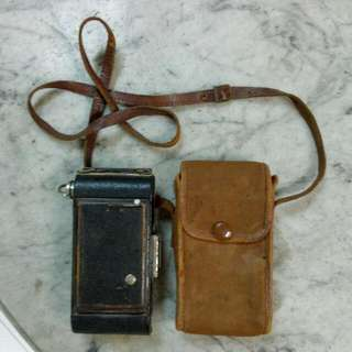 Great Britain Kodak Junior Folding Camera With Sling Pouch Vintage