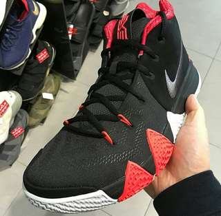 Nike KYRIE 15 for man 100%%% original BNIB