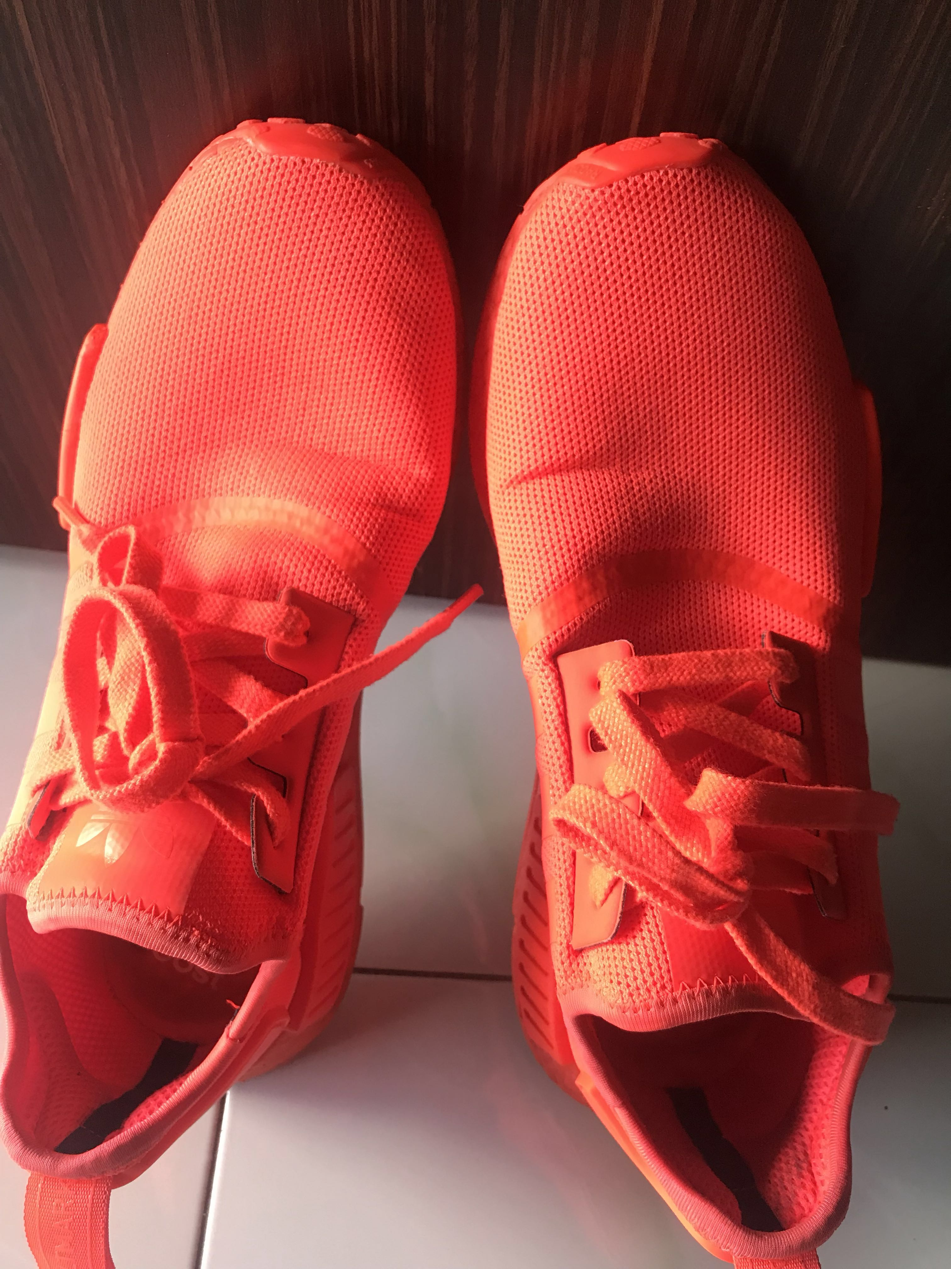 newest 5a891 77768 Adidas NMD R1 Triple Red