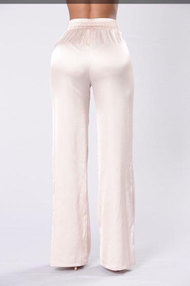 Fashionnova satin pants- Large
