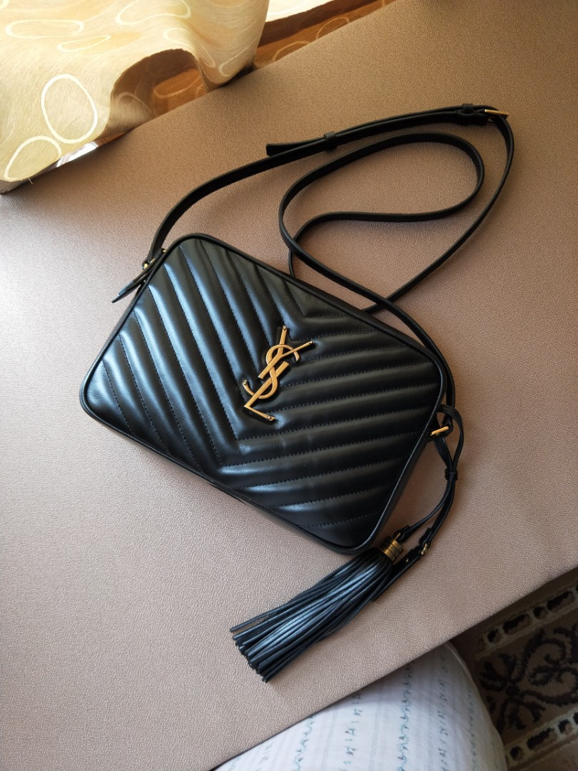 Like New Ysl Sling Bag Luxury Bags Wallets On Carousell Woc 19 Cm Nude Ghw