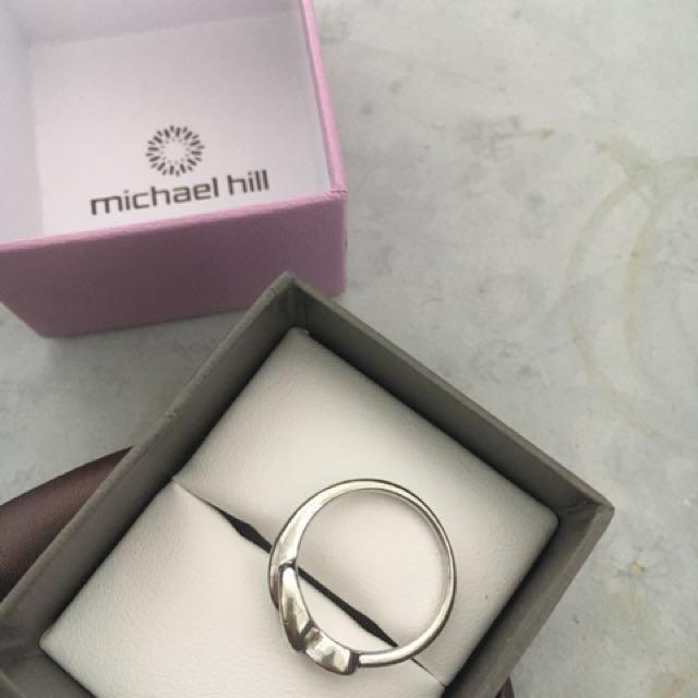 Michael hill silver ring, hardly worn