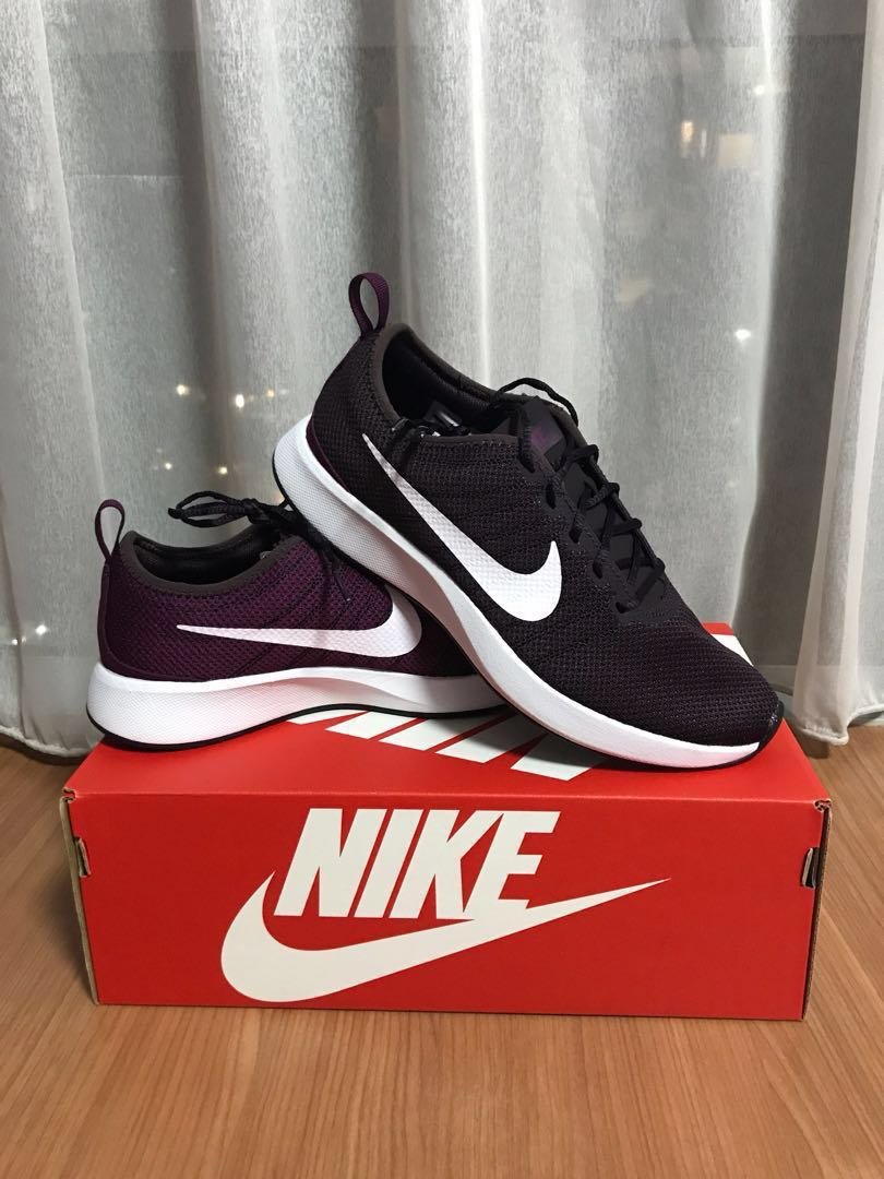 on sale 9f34b 6f4ee Nike Women Dualtone Racer, Women s Fashion, Shoes, Sneakers on Carousell