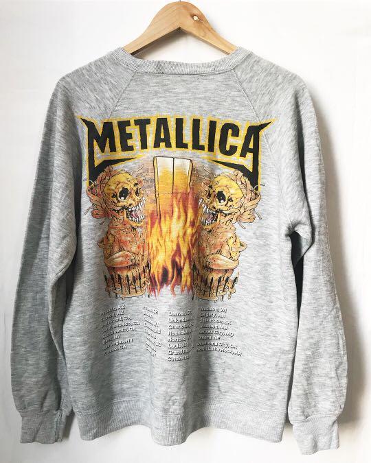 Vintage Metallica Sweatshirt in grey