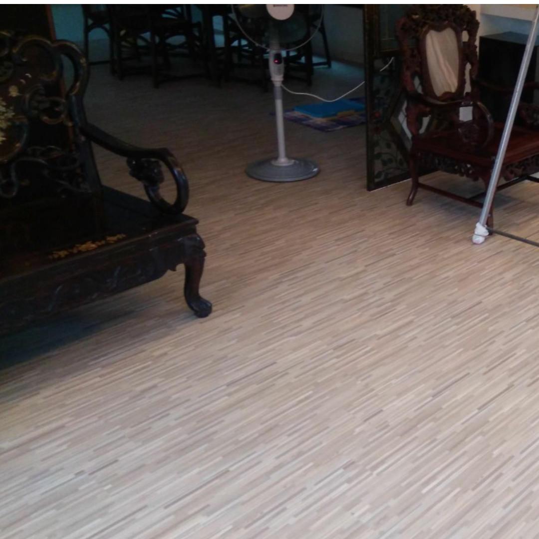 Vinyl floor 5mm $3.00 include installation