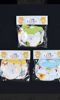 🚚 Libby hand gloves and sock