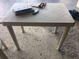 Monobloc Tables