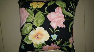 Cushion Motif Floral #KanopiXCarousell