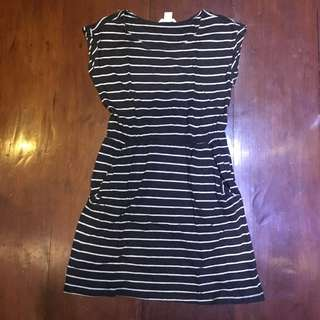 H&M Basic Black and White Stripes Dress