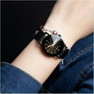 PU Leather Quartz Wristwatch