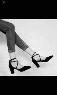 Black kittens high heels